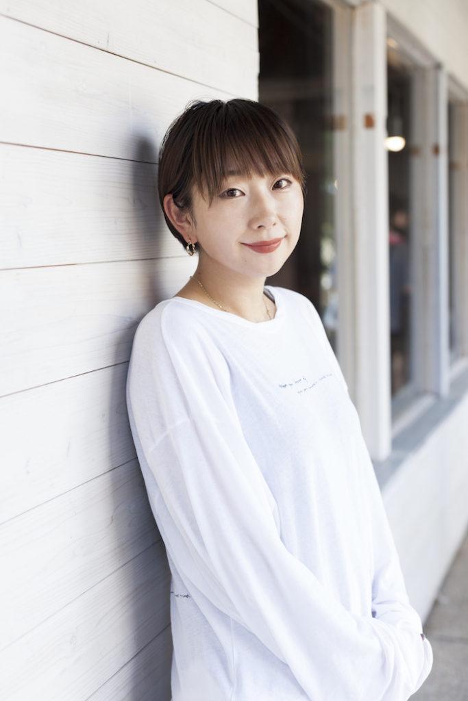 美容ライター/ヘアメイクアップアーティスト ウシマルトモミ